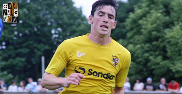 Louis Dodds signs new Port Vale contract
