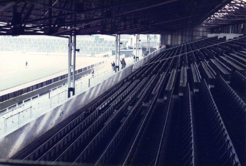 railway-stand