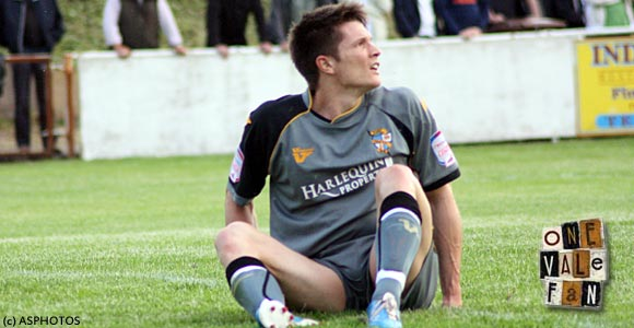 Burge leaves Port Vale