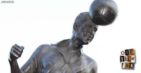The Roy Sproson statue by AS Photos