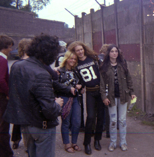 rock-fans-including-fast-eddie-of-motorhead-outside-vale-park