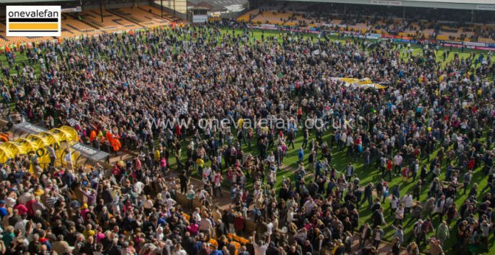 Port Vale win promotion 2013
