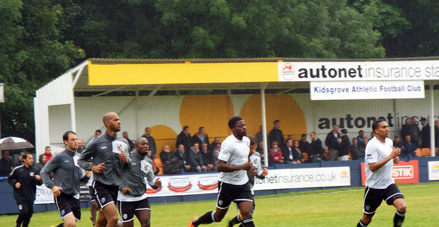 Port Vale players warm-up at Kidsgrove
