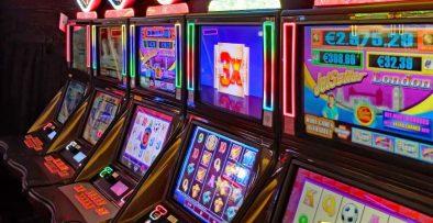 Slot Machine image - Pixabay image
