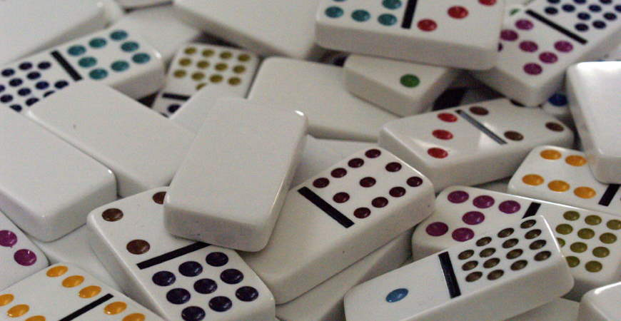 Top 3 Basic Rules and How to Play Domino QQ - onevalefan.co.uk
