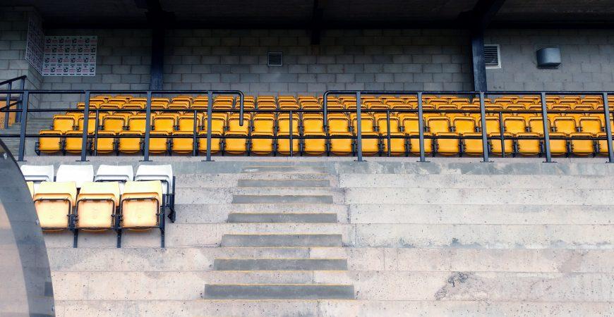 Lorne St stand seats