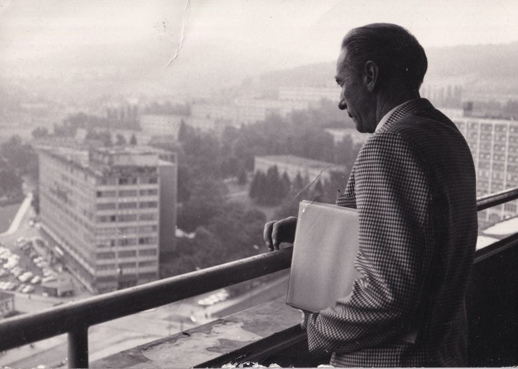 Sir Stanley Matthews gazes out from the balcony of the Bata shoe factory in Gottvaldov