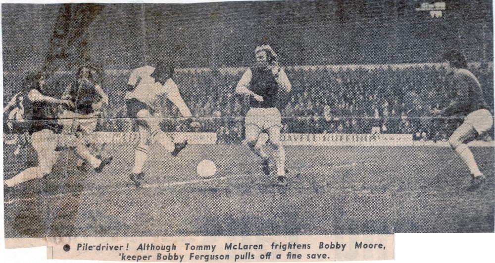 Tommy McLaren vs Bobby Moore