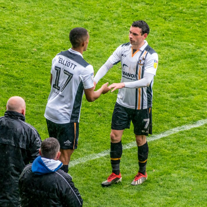 Danny Elliott replaces David Worrall for Port Vale against Macclesfield Town April 2019