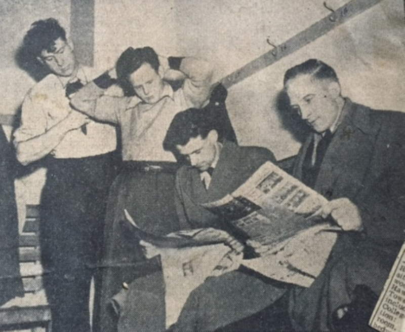 Press clipping - Port Vale players read newspapers 1954