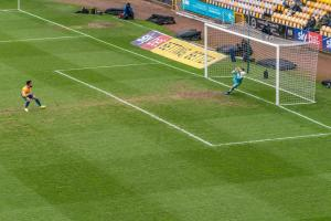 Port Vale 2-1 Mansfield Town - Scott Brown saves a penalty